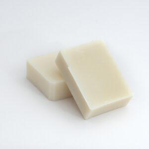 Ručně vyráběné mýdlo z bambuckého másla.