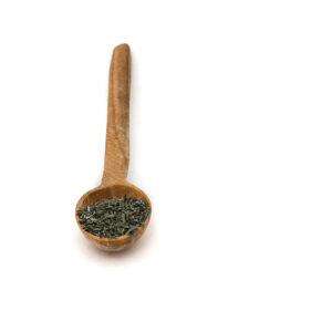 Dřevěná lžička s tymiánem.